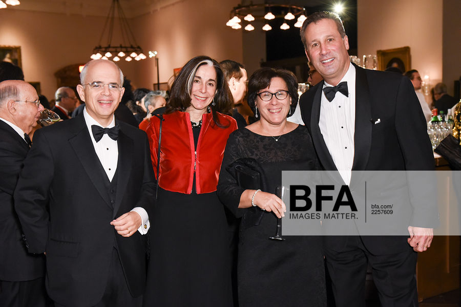 Anthony Shorris Maria Laurino Iris Weinshall Tony Marx At The New York Public Library Library Lions 15.07.2019 · iris weinshall is about three years younger than her husband chuck schumer who was born on november 23, 1950. anthony shorris maria laurino iris