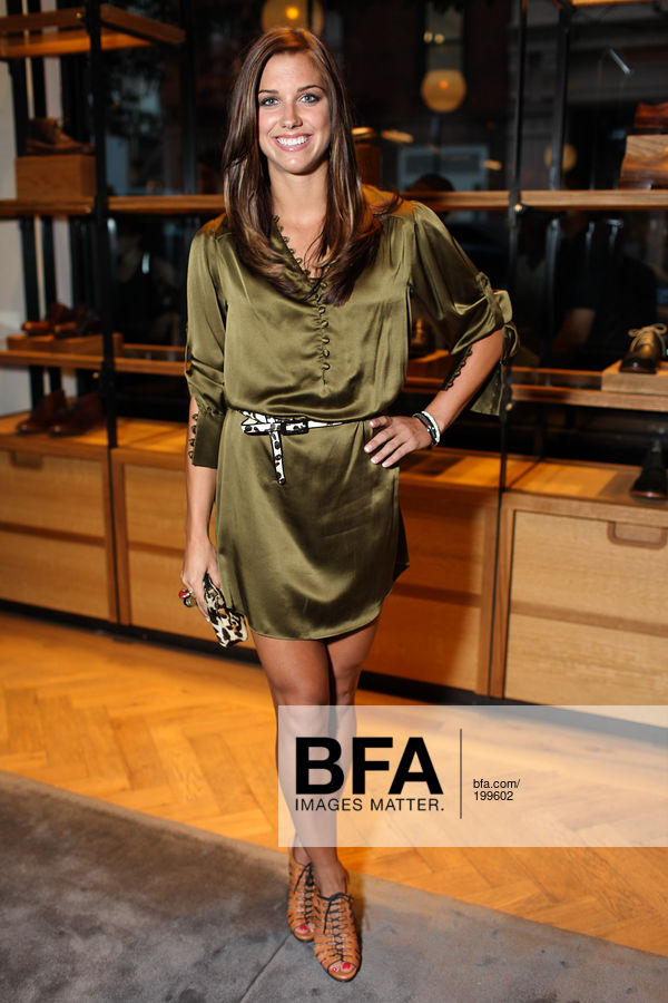 845429e35dbe 1 of 4 Source · Alex Morgan at Cole Haan & Theophilus London Shoe Launch  SoHo NYC