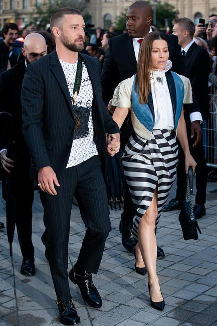 Alicia Vikander At Louis Vuitton Women S Spring Summer 2020 Street Style Arrivals Id 3933853 By Jojo Korsh Bfa Com