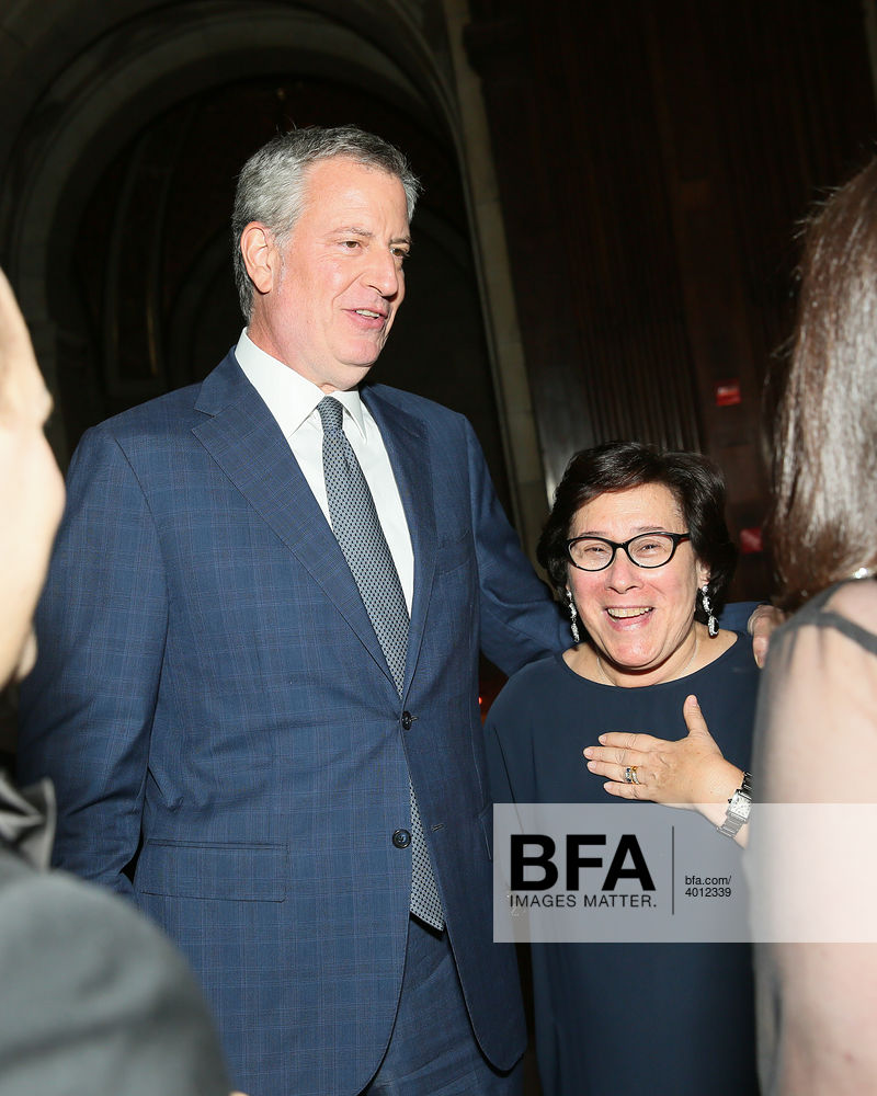 Bill De Blasio Iris Weinshall At The New York Public Library Library Lions 2019 Id 4012339 Iris weinshall is about three years younger than her husband chuck schumer who was born on november 23, 1950. york public library library lions 2019