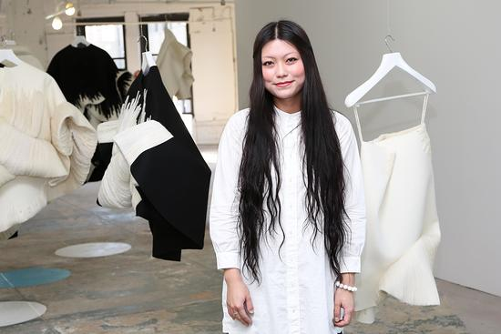 Claudia Li Origin At Parsons Mfa Fashion Design Society Student Showcase Id 717719 By Will Ragozzino Bfa Com