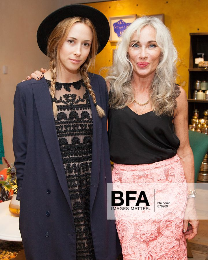bddfbe7488b2 Gillian Zinser, Yoana Baraschi at ANTHROPOLOGIE Celebrates An Exclusive  Collaboration by YOANA BARASCHI and CONSCIOUS COMMERCE in Support ...