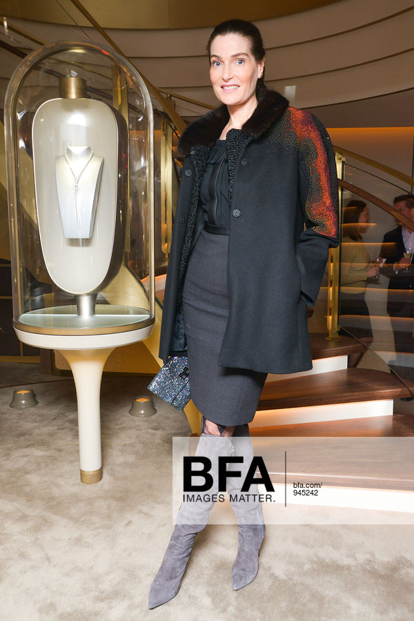 Jennifer Creel at Unveiling of the New VAN CLEEF & ARPELS New York ...